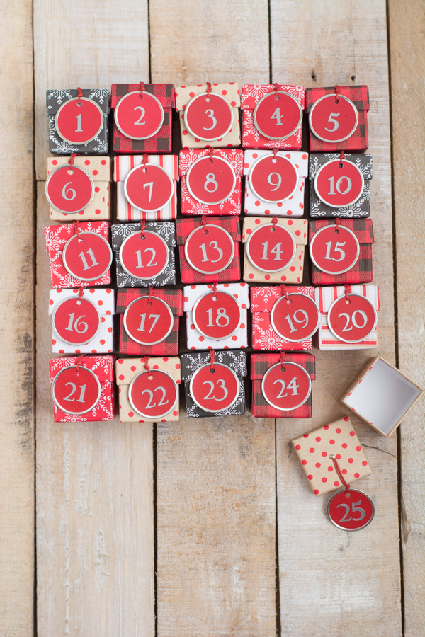advent calendar, advent calendar diy, advent, calendar, christmas calendar, christmas, happy december, advent calendar 2015, printable advent calendar, advent calendar round up, top advent calendars, december, pumpernickel pixie
