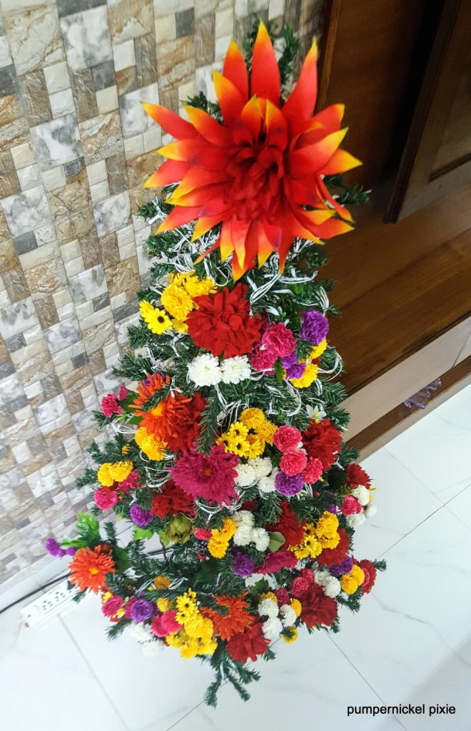 #christmas2016, 2016 christmas tree, christmas tree, merry christmas, floral christmas tree, unique christmas tree, christmas tree decor, christmas tree decoration, christmas tree lighting, christmas tree with flowers, happy christmas, personal, quirky christmas tree, themed christmas tree, christmas tree theme, xmas, christmas, jyo, pumpernickel pixie