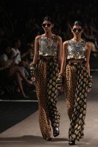 lakme fashion week summer resort 2015 designer sabyasachi pumpernickel pixie
